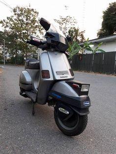 Vespa Cosa Bangkok 80's Style