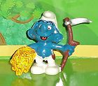 VINTAGE FARMER SMURF WITH GRAIN & A SICKLE 1981 SMURF LOT - &amp, 1981, Farmer, GRAIN, Sickle, Smurf, Vintage