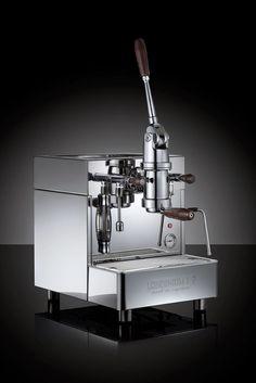 The new L1-P lever espresso machine by LONDINIUM