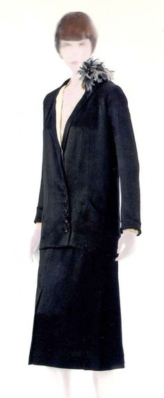 Gabrielle Chanel Silk charmeuse suit 1927.  Phryne dresses in a Chanel suit for her second trip to The Jazz Club and the confrontation with the band.