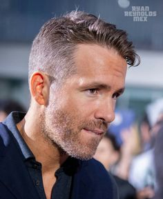 Pin By Moaz Shalaby On Hairstyles In 2019 Ryan Reynolds Stubble Beard, Haircuts For Men, Military Haircuts, Medium Haircuts, Hollywood Actor, Cool Hairstyles, Mens Hairstyles Thin Hair, Men Hair, Hairdos