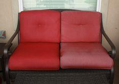 Renueva los muebles que ya tienes, dándoles una capa de pintura exterior.   31 maneras inteligentes de decorar tu espacio exterior