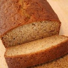 Simple banana bread recipe that requires only one bowl and no mixer needed! - Easy Banana Bread
