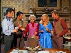 The Big Valley cast, l-r: Peter Breck, Richard Long, Barbara Stanwyck, Linda Evans, Lee Majors (ABC) I LOVED THIS SHOW
