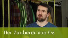 Der Zauberer von Oz  Der Regisseur | Volksoper Wien #Theaterkompass #TV #Video #Vorschau #Trailer #Theater #Theatre #Schauspiel #Tanztheater #Ballett #Musiktheater #Clips #Trailershow