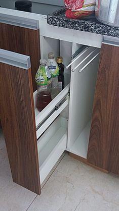 Kitchen Cupboard Designs, Kitchen Room Design, Diy Kitchen Storage, Pantry Design, Modern Kitchen Design, Home Decor Kitchen, Interior Design Kitchen, Kitchen Modular, Modern Kitchen Cabinets