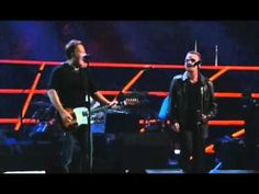 ▶ U2 & Bruce Springsteen-I Still Haven't Found What I'm Looking For @ Madison Square Garden - YouTube