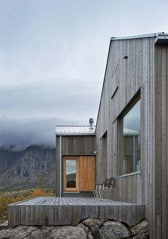 Colour for the cladding - grey driftwood-esque Vega Cottage by Kolman Boye Architects 17