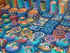 Pottery at the Mercado de Artesanias, San Miguel de Allende, Mexico.