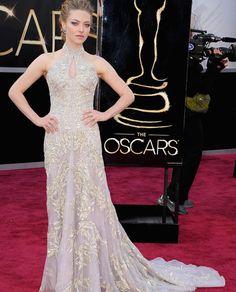 Amanda-Seyfried-Oscar-2013 http://deletracomestilo.wordpress.com/2013/02/26/top-5-os-vestidos-do-oscar-2013/