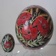 """""""Field of poppies"""" Silkie chicken and ostrich eggshell"""