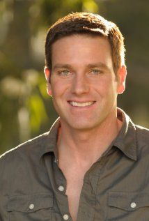 Carl Marino, plays Lt. Joe Kenda on ID's Homicide Hunter---eye candy