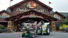 Pulling Truck And Tractor Pull, Tractor Pulling, Outdoor Store, Tractors, Monsters, Trucks, Cars, Autos, Truck