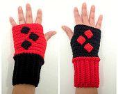 Harley Quin crochet fingerless gloves