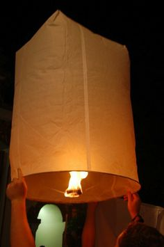 Read about celebrating Loi Krathong and Yi Peng in Thailand. Learn about the magical sky lantern festival, where to see it, and how to participate. Sky Lanterns, Large Lanterns, Lantern Festival Thailand, Trek Ideas, Planning And Organizing, Thinking Day, Summer Events, Rice Paper, Thailand Travel