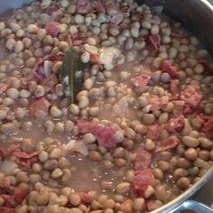Crowder peas from North Carolina. My friend bought a bushel!