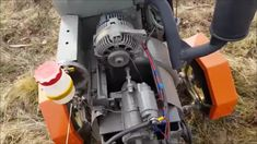 Traktor z napędem 4x4 domowej roboty , Ciagnik sam , klamra warsztatowa DiY oraz wynalazek ogrodowy kombajn . 4x4, Vacuums, Home Appliances, Homemade, Projects, House Appliances, Log Projects, Blue Prints, Domestic Appliances