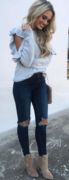 Such a cute sweater ❥ fall outfit ❥ comfy sweater weather
