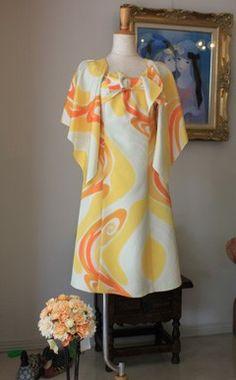 昭和初期の着物をリメイク Japanese Fabric, Japanese Kimono, Kimono Dress, Refashion, Style Me, Clothes For Women, Sewing, Crafts, Dresses