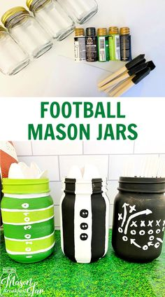 Hosting a football party? Find out how to make this cute Mason jar football centerpiece for your table (or as a gift! Mason Jar Party, Pink Mason Jars, Mason Jar Flowers, Mason Jar Gifts, Mason Jar Diy, Football Centerpieces, Football Party Decorations, Mason Jar Centerpieces, Crafts With Glass Jars