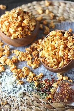 Ready for the best mashup in the universe? Pizza Popcorn!! All the flavors in pizza – Tangy tomato, aromatic basil, oregano, garlic powder and crushed pepper flakes are baked into popped corn kernels. And of course, vast amounts of cheese – Because pizza must always have cheese! Try this addicting Pizza Popcorn today! http://www.mind-over-batter.com