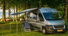 De beste campings voor campers in Italië :: Kampeerproducten voor caravan en camper | Viva Kamperen Van, Camping, Vehicles, Campsite, Car, Vans, Campers, Tent Camping, Rv Camping