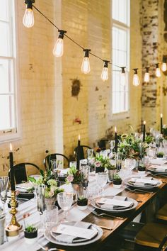 INDUSTRIAL WEDDING STYLING FROM HOPE & LACE | TABLE SETTING RECEPTION FESTOON LIGHTING FLOWERS BLACK CANDLE