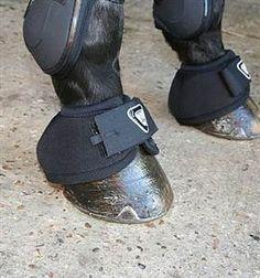 Equilibrium Tri-Zone Overreach Boots