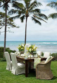 CHIC COASTAL LIVING: St. Regis Resort Hawaii and more Hawaiian Design Inspiration