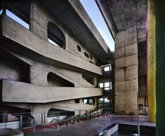 Le Corbusier, High Court, Chandigarh, Punjab, India (1952-56)