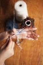編み針不要!「指」で編む毛糸ハンドメイド小物の作り方まとめ