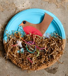 Robin paper plate activity...add some dirt and string...and then it becomes a robins nest