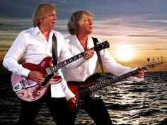 """English Sunset"" - The Moody Blues"