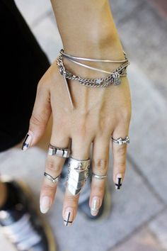 Hand and nail art/jewelry. Love this