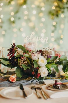 stylish wedding centerpiece - photo by Paula O'Hara http://ruffledblog.com/art-nouveau-irish-mansion-wedding