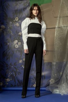 See the full Spring 2018 collection from Camilla Marc.