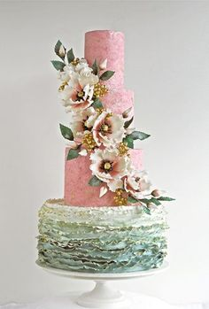 15 Wedding Cakes With the Wow Factor!