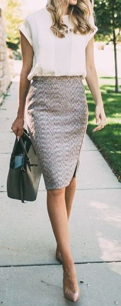 Chic business outfit   bag + heels + printed pencil skirt + blouse