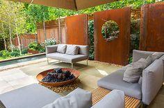 Highgate Garden Design. http://www.londongardendesigner.com/highgate.asp