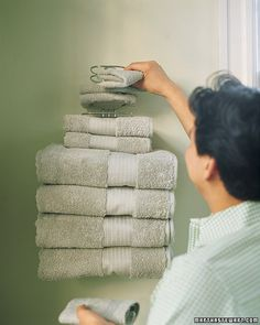 Tiny Bathroom Use A Woven Basket To Store Towels Cute Display - Lavender towels for small bathroom ideas
