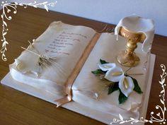 . Boy Communion Cake, First Holy Communion Cake, Communion Centerpieces, Communion Decorations, Baptism Party Decorations, Bible Cake, Religious Cakes, Confirmation Cakes, Book Cakes