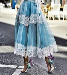 Trend Fashion, Estilo Fashion, Fashion Looks, Fashion Outfits, Womens Fashion, Fashion Design, Fashion Heels, The Dress, Dress Skirt