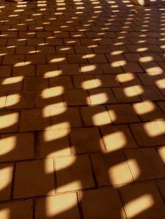 美術館の影 Okinawa