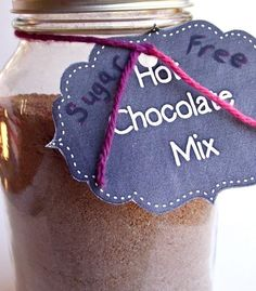 Give this sugar free hot chocolate mix recipe a try! It's rich, creamy and oh so chocolaty. Hot Chocolate Mix Recipe Gift, Sugar Free Hot Chocolate, Homemade Chocolate, Christmas Mix, Christmas Baking, Sugar Free Desserts, Sugar Free Recipes, Jar Gifts, Creative Gifts