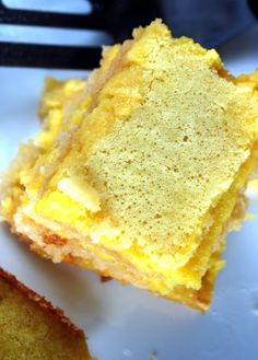 Tangy Lemon Bars (low-carb, grain-free, sugar-free, gluten free).