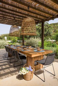 Fabulous patio shade design ideas for Backyard Design Part 11 ; patio shade ideas on a budget; Diy Pergola, Wood Pergola, Outdoor Pergola, Pergola Kits, Outdoor Rooms, Outdoor Dining, Outdoor Tables, Outdoor Decor, Pergola Ideas