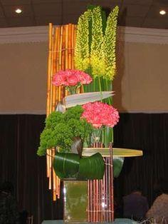 New Garden Club Journal Dramatic Creative Floral Design arrangement