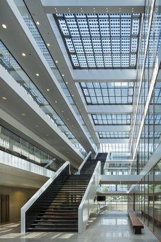 Edificio Grotius de la Universidad de Radboud Nijmegen / Benthem Crouwel Architects