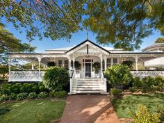 135 Windermere Road, Hamilton, Qld View property details and sold price of 135 Windermere Road & other properties in Hamilton, Qld Queenslander House, Weatherboard House, Southern Style Homes, Colonial Style Homes, Cool Countries, Countries Of The World, Windermere, Victorian Architecture, Australian Homes