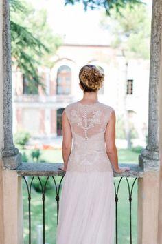 Ann-Christin & Philipp: Elegante Vintage-Hochzeit am Gardasee Freudelachenliebe http://www.hochzeitswahn.de/inspirationen/ann-christin-philipp-elegante-vintage-hochzeit-am-gardasee/ #vintage #wedding #bride